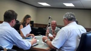 Pat McCurdy (Center), Kathy Somers (on his left), Dana Halder (far right); John Lund (left front). Ric Hanson/photo.